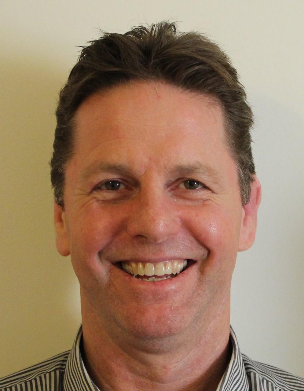 Dr Gerry Louw